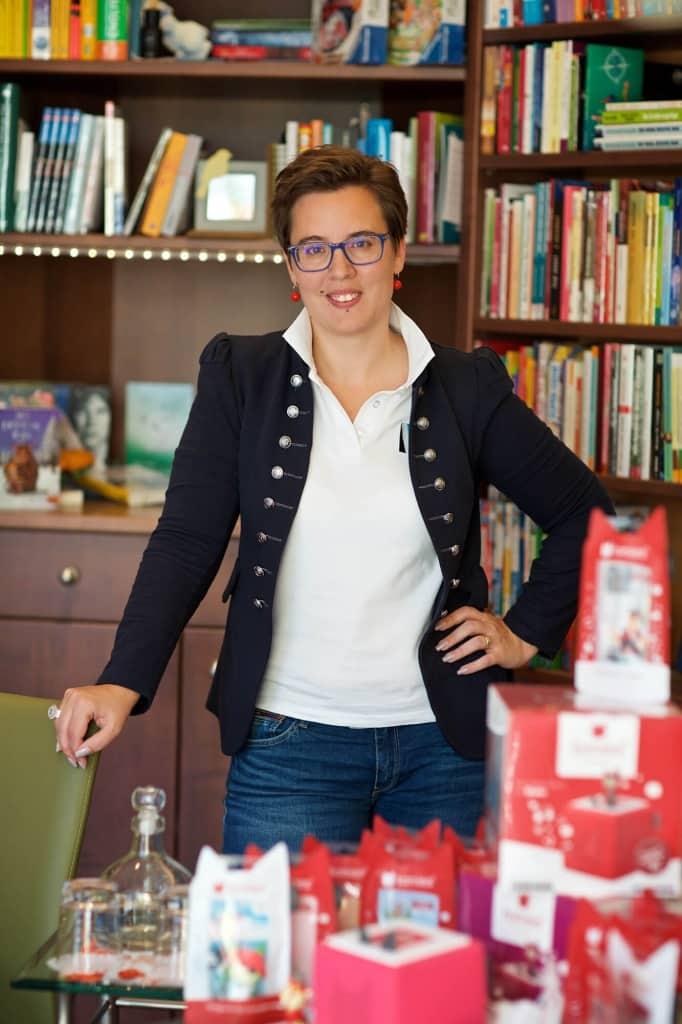 Katrin Scherz-Kogelbauer