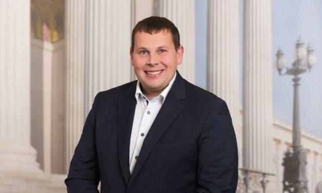 Lichtenegger ist neuer FPÖ-Obmann