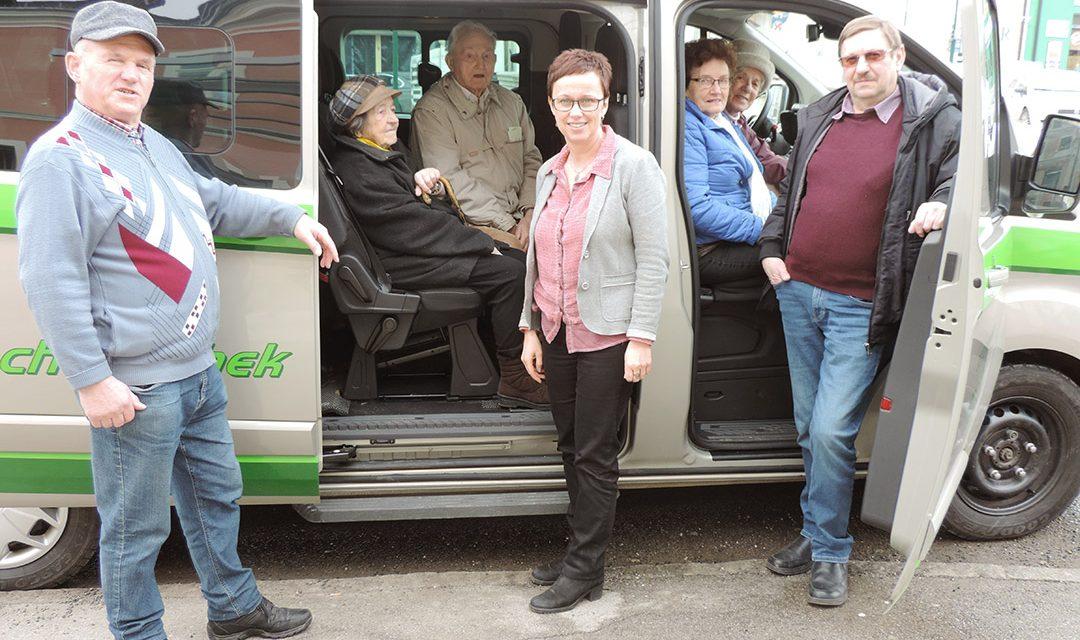 """Aspang: Jubiläum für den """"Einkaufsbus"""""""