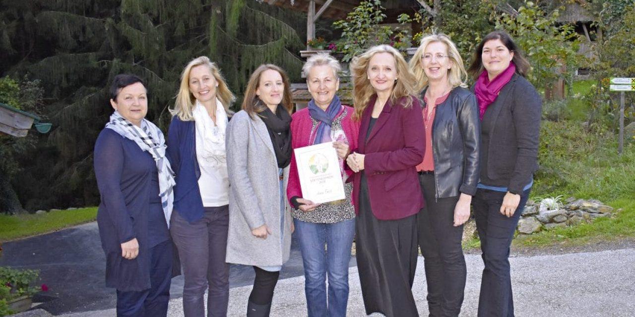 Leopoldine Reisenbauer-Preis an Anni Fassl