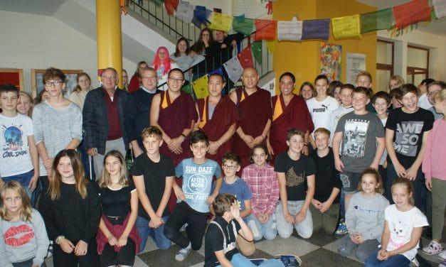 Tibetanische Mönche zu Gast in Pitten