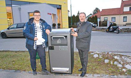 High-Tech-Mistkübel schickt E-Mail an den Bauhof