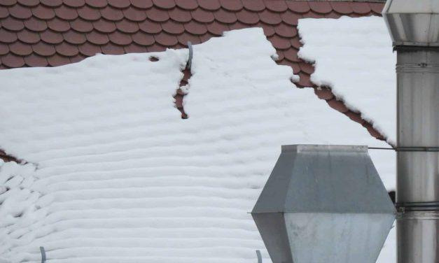 Dachlawinen – Schneerutsch abseits vom Berghang
