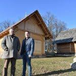 Keltendorf bekommt zwei neue Häuser