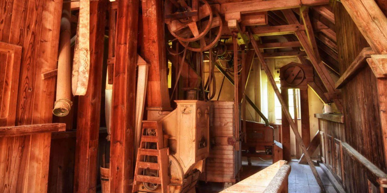 Traditionelles Handwerk im Tal der sieben Mühlen