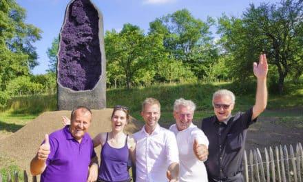 Riesen-Amethyst im Kristallgarten Guntrams