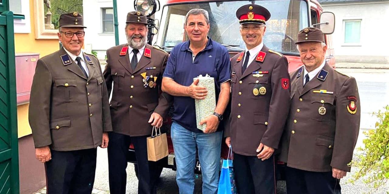 Ehrenkommandant feierte den 65er