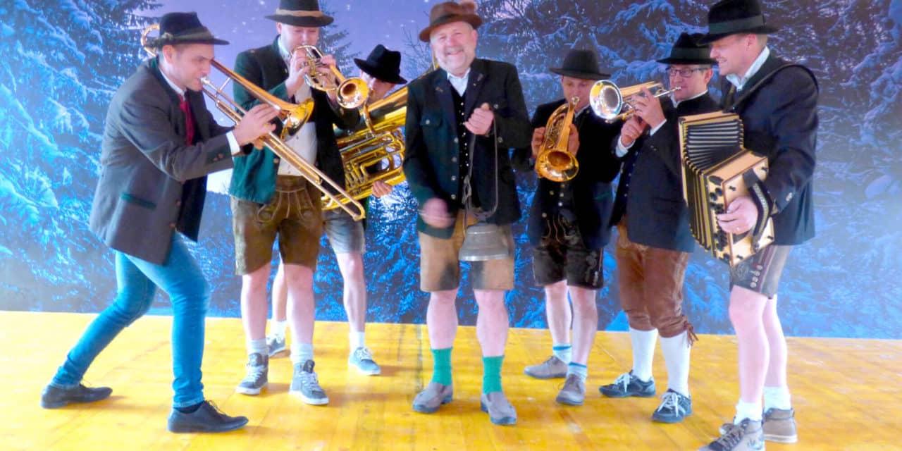 Blasmusik am Redl-Bauernhof