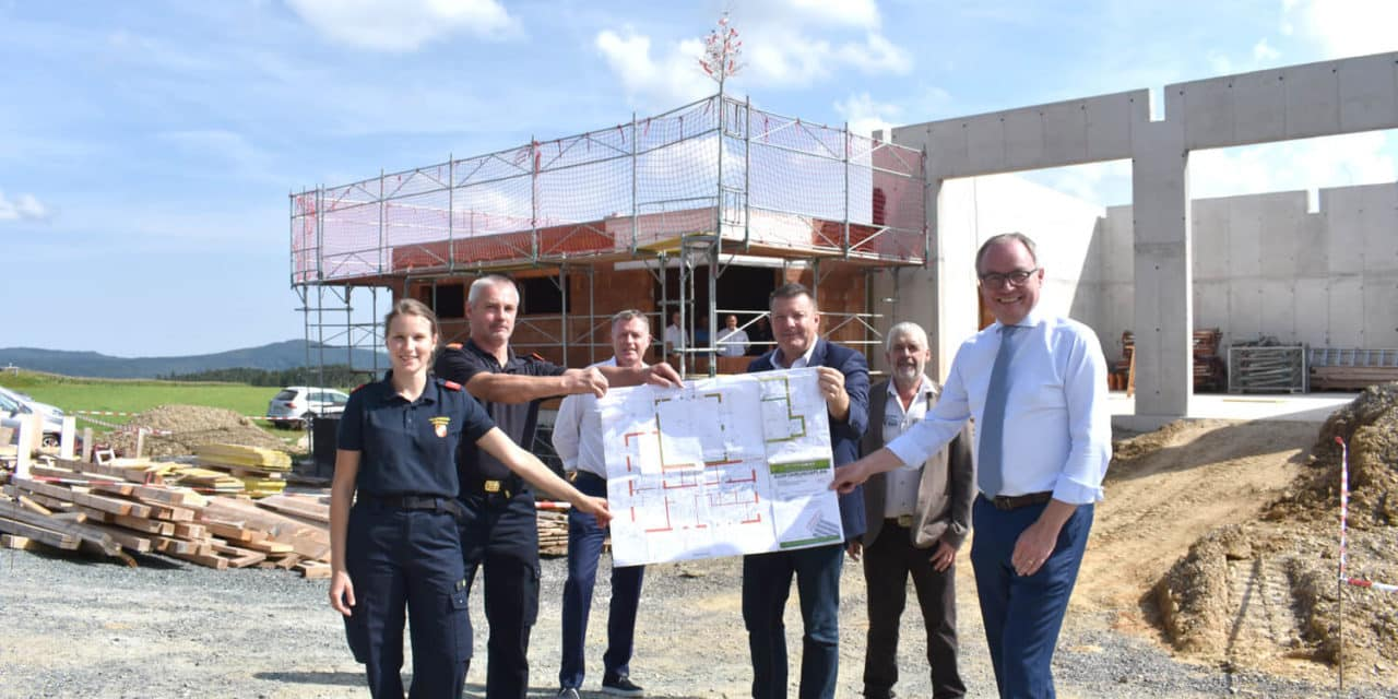 Feuerwehrhaus in Obereck nimmt Formen an