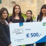 riz up Jugendpreis an HAK-Schülerinnen