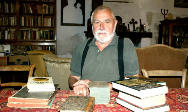 Ulrich Sagmeister sammelt Bücher im Turm