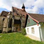 St. Wolfgang: Wechselhafte Kirchengeschichte(n)