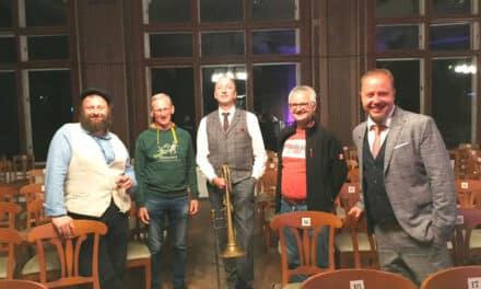 "Kultur-Termin in Kirchberg: ""Schlagertherapie"""