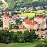 Burg Seebenstein: Das steinerne Schiff überm Pittental